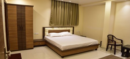 Best Hotels In Gorakhpur Near Station